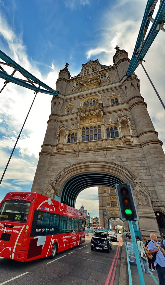tower-bridge-teo-totev